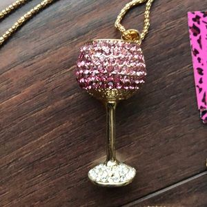 BETSEY JOHNSON GOBLET NECKLACE